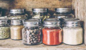 Sale di sedano - alternativa al sale da cucina
